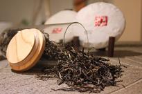 云南滇红茶如何辨别是否染色?如何挑选合适的口感?喝了有哪些好处?