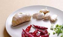 做菜为什么要放葱跟姜 做菜时葱姜蒜椒怎么放