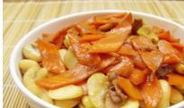肉炒胡萝卜蚕豆做法步骤